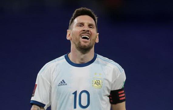 Messi thất vọng khi bàn thắng không được công nhận