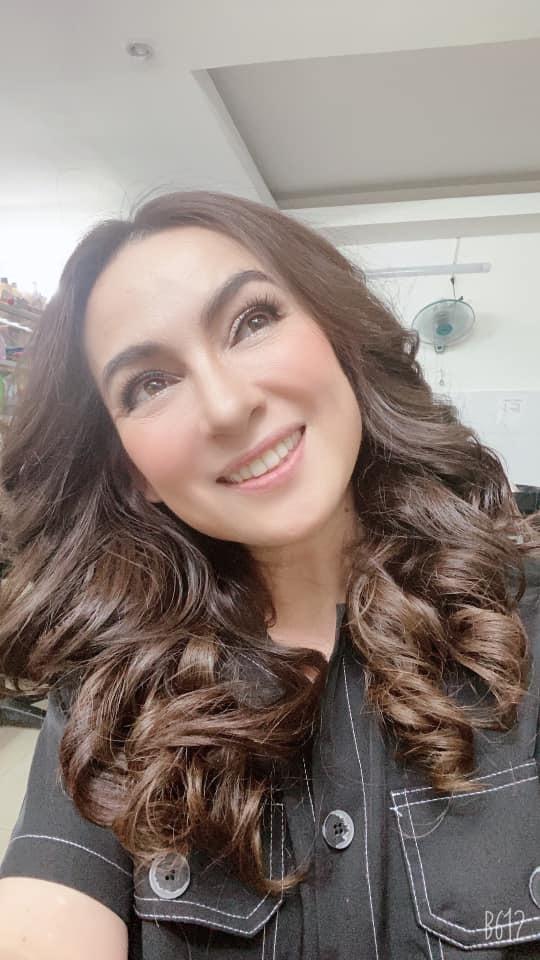 NSƯT Lê Hồng Thắm: Tôi bị mắng vì sự nghiệp chớm nở lại đi lấy chồng!