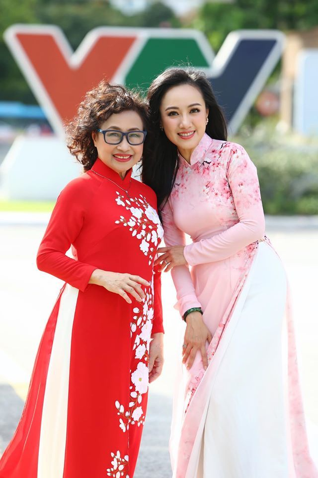 Sao Việt động viên MC Diệu Linh khi biết cô bị ung thư máu giai đoạn 4