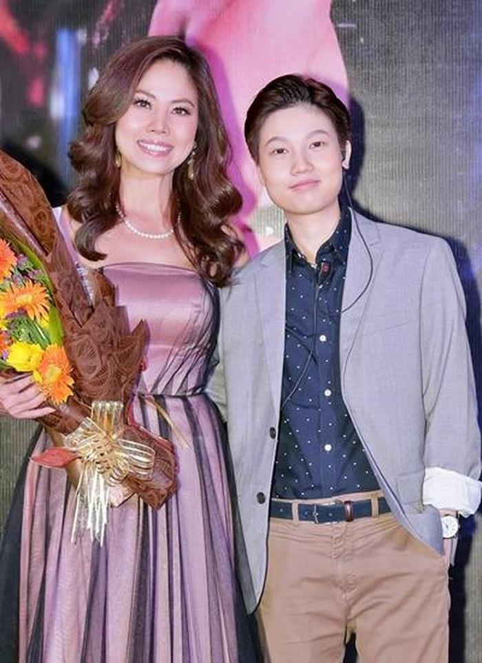 3 đời chồng, U50 Hồ Lệ Thu sợ chuyện tình ly kỳ lá cải