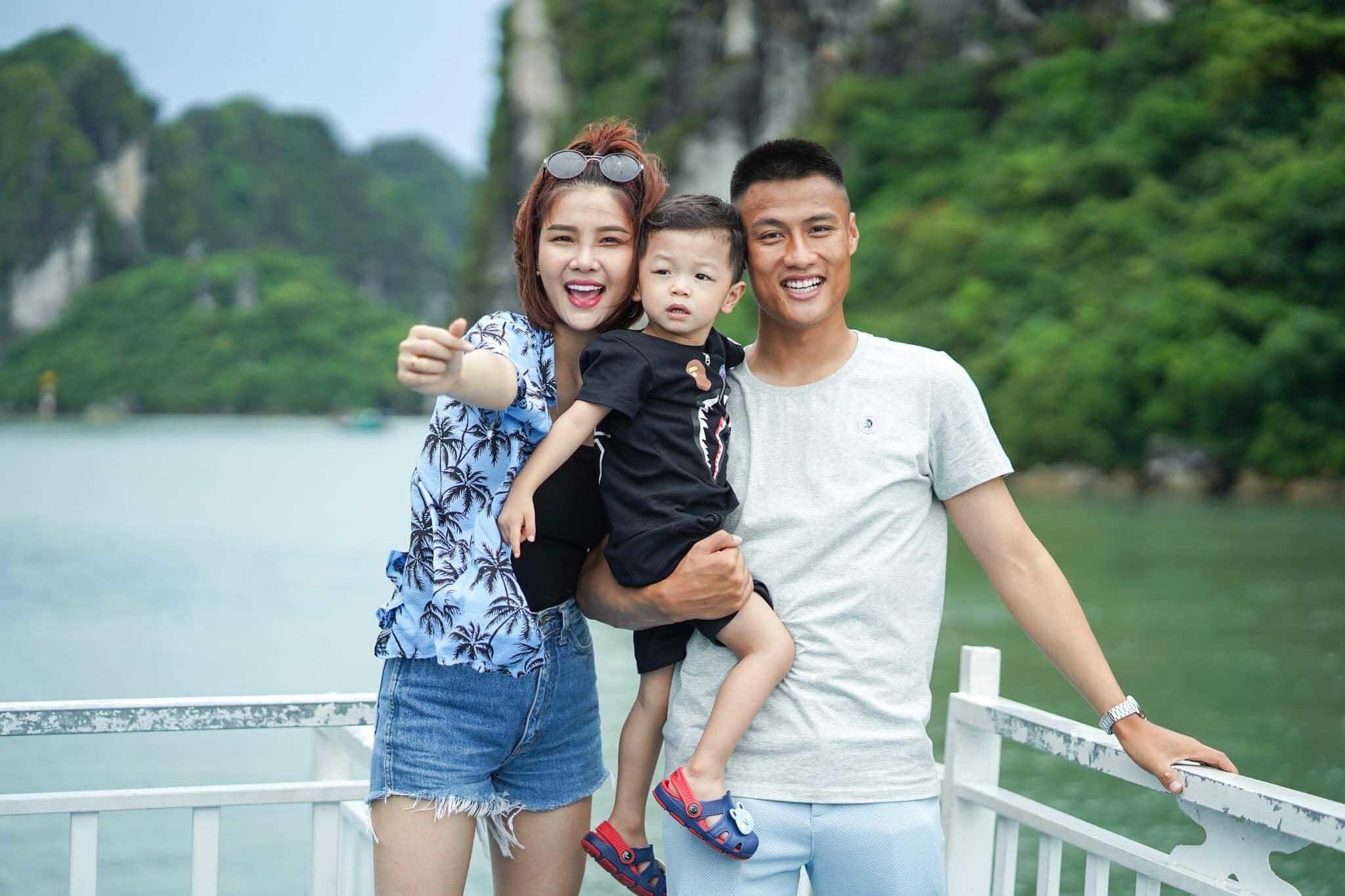 Bức thư ngọt ngào Kim Lý tặng Hà Hồ kỷ niệm 3 năm yêu