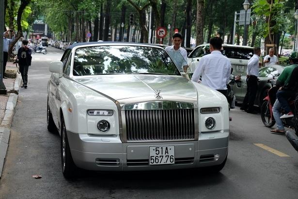 Dàn siêu xe của ông Đặng Lê Nguyên Vũ tái xuất trên đường phố Sài Gòn