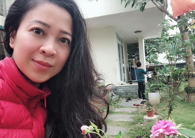 Người vợ xinh đẹp, giỏi giang ít biết của ca sĩ Trọng Tấn