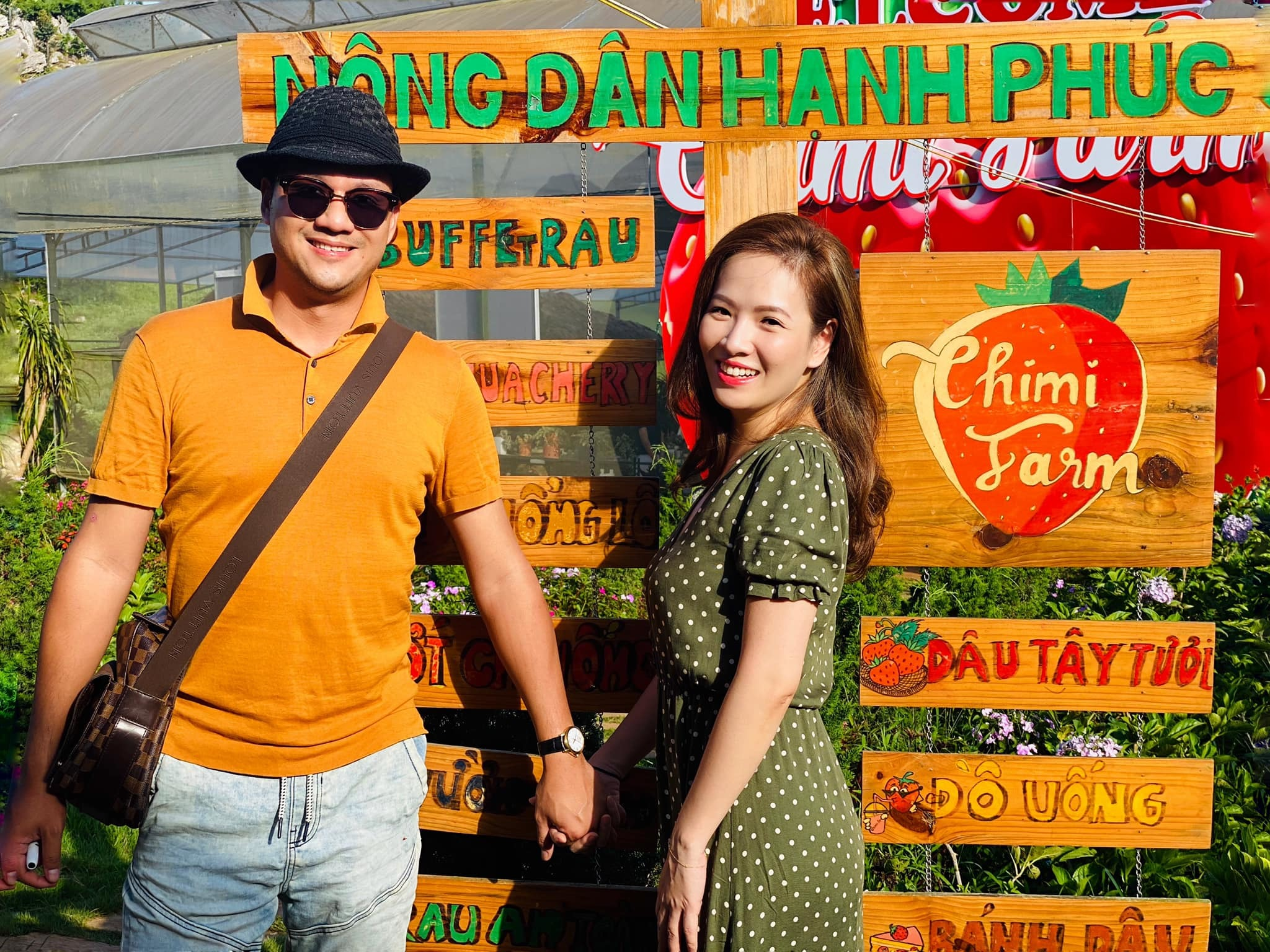 Vân Hugo quay phim nắng cháy da, Đan Lê kể tình yêu với chồng