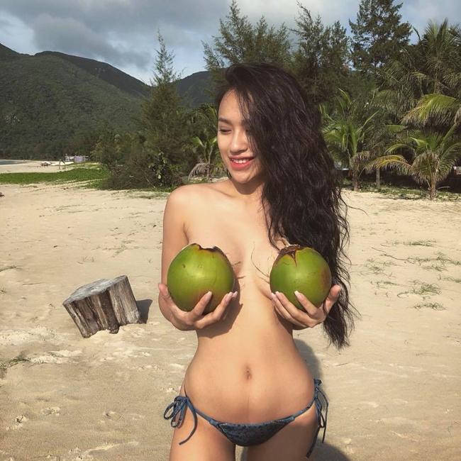 Lương Bằng Quang - Ngân 98 tung loạt ảnh bán nude táo bạo